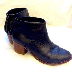 Toms black Leila block heel leather bootie